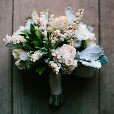 Rustic rose wedding bouquet