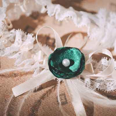 Green wedding accessories