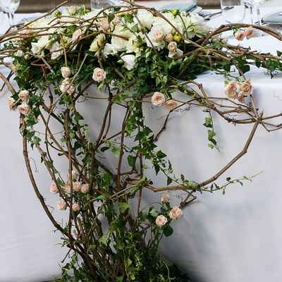 Brown wedding floral decor