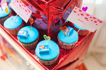 Blue wedding cupcakes
