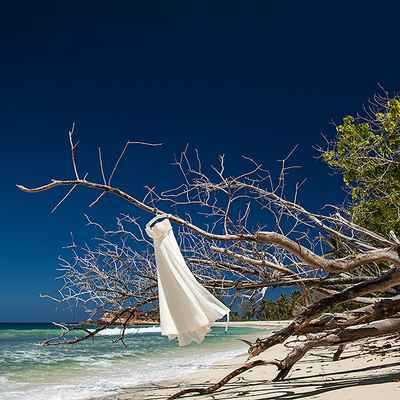 Beach photo session decor