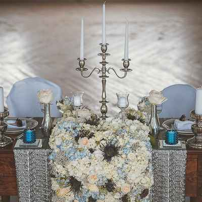 English blue photo session decor