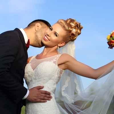 Orange wedding accessories