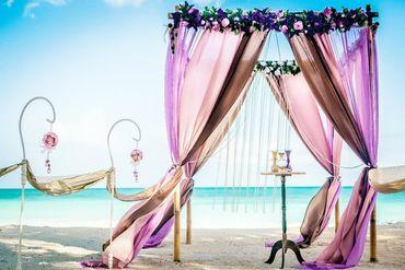 Overseas brown wedding ceremony decor