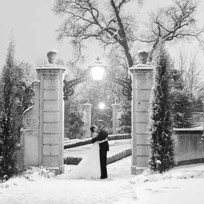 Winter wedding photo session ideas