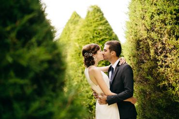 White wedding photo session ideas