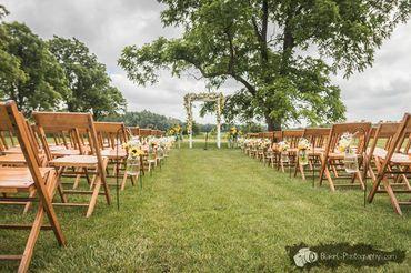 Rustic wedding floral decor