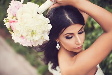 White bridal hair and make-up