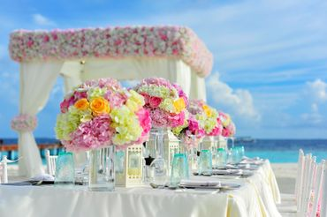 Beach wedding floral decor