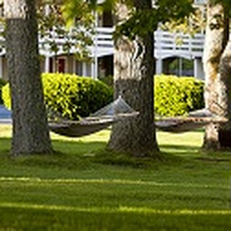 Ocean Park Inn Cape Cod Grounds