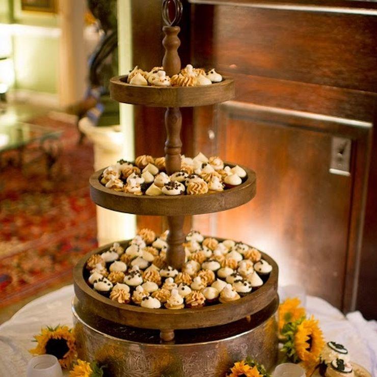 Flavor Cupcakery Dessert Displays
