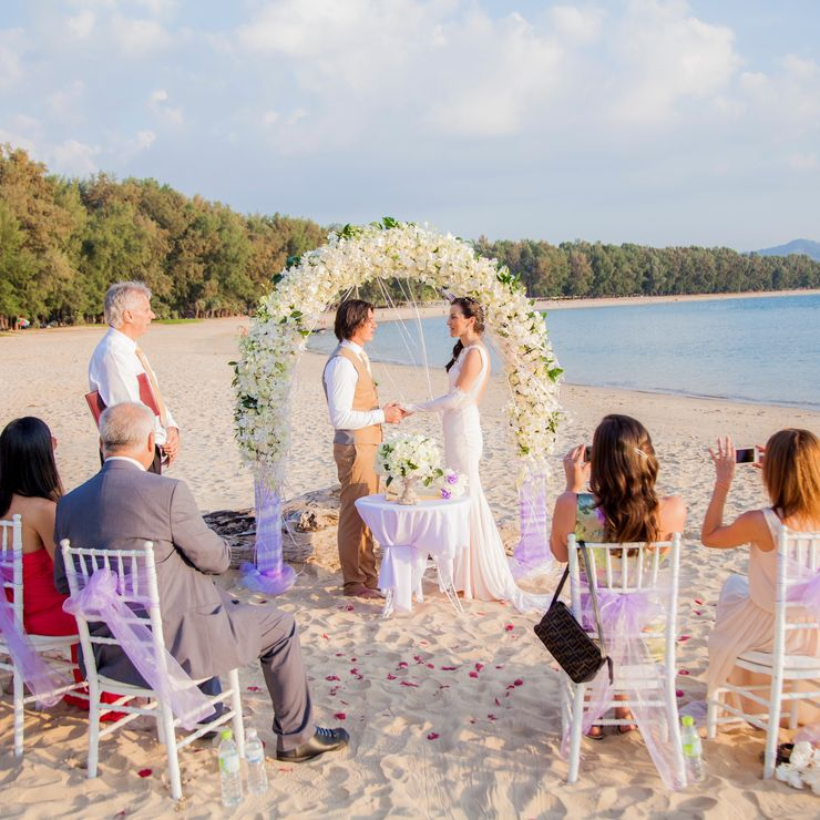 Busget Beach Wedding