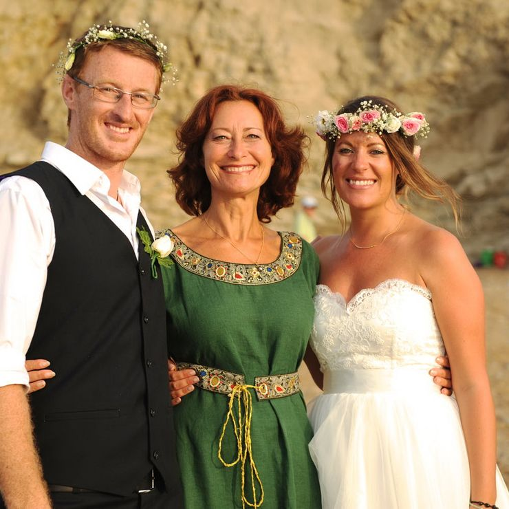 Hannah and Dane - Spiritual wedding ceremony with 4 elements on a beach - South west France