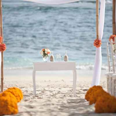 Beach white wedding ceremony decor