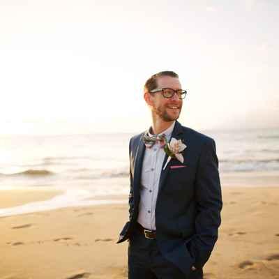 Beach blue groom style