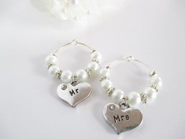 White bracelets, earrings, necklaces & other jewellery