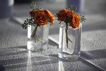 Overseas orange wedding floral decor