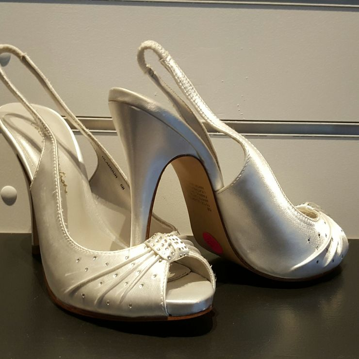 Bridal shoes size 6