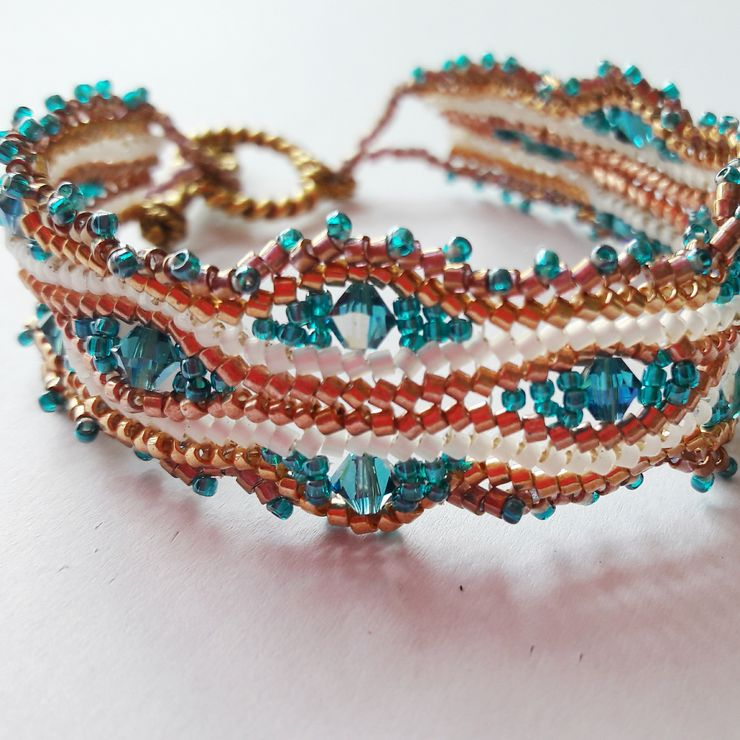 Wave bracelet in bronze, gold cream and teal