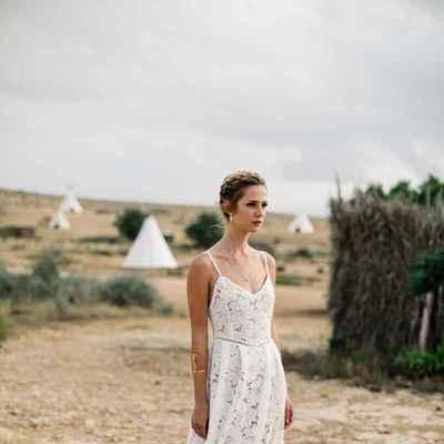 White outdoor long wedding dresses