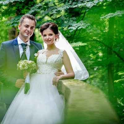 White outdoor closed wedding dresses