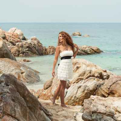 White beach short wedding dresses