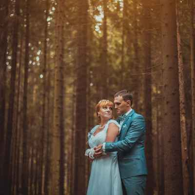 Blue outdoor long wedding dresses