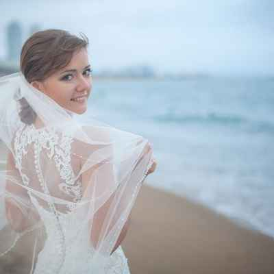 White beach wedding headpieces, veils, cover-ups & brooches